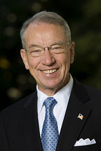 Photograph of Senator Charles Grassley (R-IA)